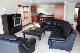Mossel Bay Self Catering - Dana Bay Beach House