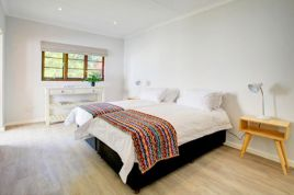 Holiday Apartments - Fifty6 Garden Cottage