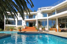 Llandudno Accommodation - Villa Andacasa