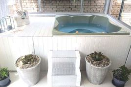 Holiday Apartments - Jacuzzi Apartment