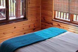 George Accommodation - Eagle Falls Country Lodge