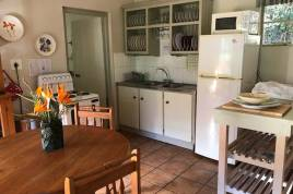 Swellendam Accommodation - Nguni Cottage