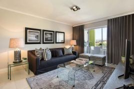 Holiday Apartments - Apartments on Century - Executive Apartment
