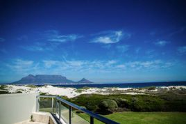 Accommodation in Cape Town - Vuurberg - Dolphin Beach
