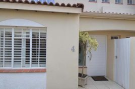 Holiday Apartments - 4 The Villas
