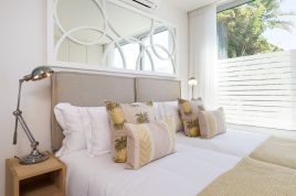 Cape Town Self Catering - Topaz