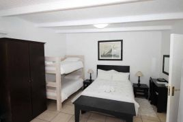 Holiday Apartments - La Boheme Self Catering Unit