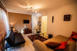 Holiday Apartments - Secret Garden - Protea Luxury Apartment