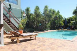 Holiday Apartments - Secret Garden - Strelitza Luxury Apartment