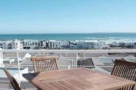 Accommodation in Cape Town - Grande Bay Beach