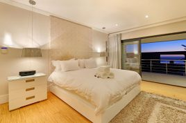 Cape Town Self Catering - Flamingo Villa