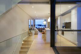 Holiday Apartments - Loader A