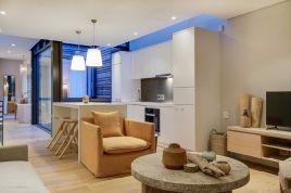 Holiday Apartments - Loader B