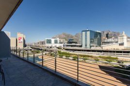 V&A Waterfront Accommodation - Harbour Bridge 516