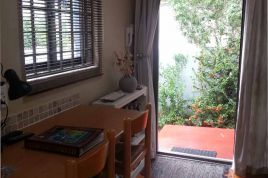 Sea Point Accommodation - Roberts Cottages