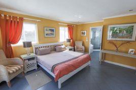 Constantia Accommodation - Constantia Cottages Malbec