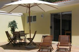 Holiday Apartments - Constantia Cottages Chardonnay