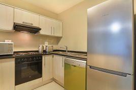 Bloubergstrand Holiday Home Rentals - La Cabina 503