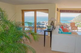 Llandudno Accommodation - Sea Villa On The Bend