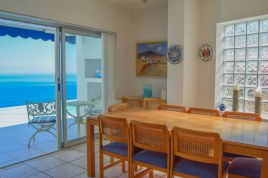 Holiday Apartments - Oceanscape