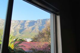 Cape Town City Bowl Accommodation - Green Oakes B12