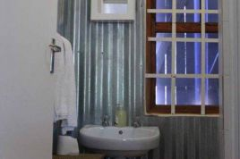 Paternoster Accommodation - Joyful
