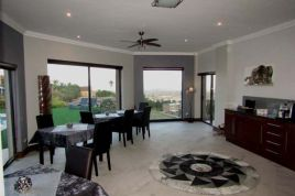 Cape Town Self Catering - Villa Candara - The Kloof