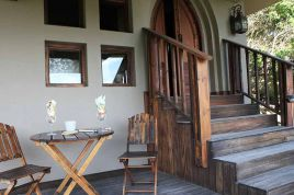 Wilderness Accommodation - Livingstone Villa