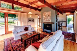 Noordhoek Accommodation - Kinghorns Garden