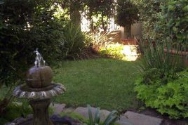 Bantry Bay Accommodation - Craigrownie Guest House
