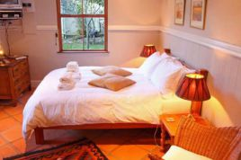 Wilderness Accommodation - The Old Trading Post - Self Catering