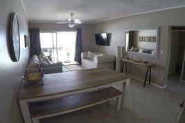 Holiday Apartments - Waterfront 8