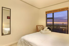 Milnerton Accommodation - Key West 307