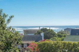 Villa Rentals in Cape Town - Cottage By The Sea
