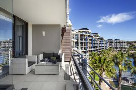 V&A Waterfront Accommodation - Juliette B 407