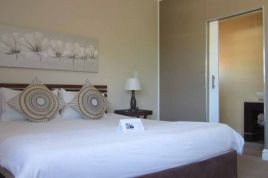 Holiday Apartments - La Roche Guest House