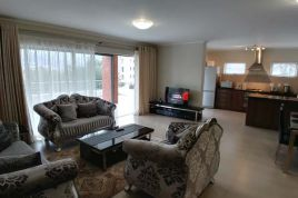 Holiday Apartments - UniqueStay Mayfair 3 Bedroom Apartment