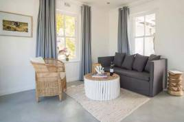 Holiday Apartments - Owl Cottage