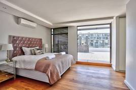 Holiday Apartments - The Chelsea 501