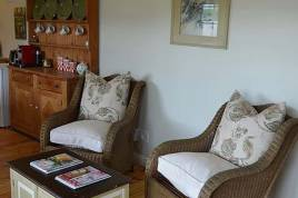 Holiday Apartments - Cheverells Farm Cottages