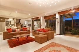 Blouberg Holiday Rentals - Barnacle Villa