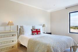 Melkbosstrand Accommodation - Carnoustie Drive