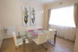 Constantia Accommodation - Villa Karibu