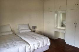 Cape Town Accommodation - On the Beach Apartment