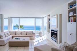 Book Now - Bay Reflections Penthouse Apartment