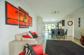 Cape Town Accommodation - Kayata Bougain Villa