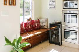 Somerset West Self Catering - Modern Luxury Villa