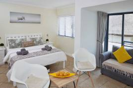 Sea Point Accommodation - Planet Africa Apartment 32