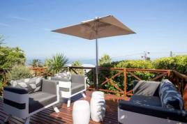 Camps Bay Accommodation - Sea View Retreat
