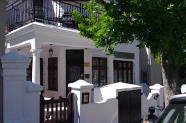 Oranjezicht Accommodation - Belmont House Self Catering